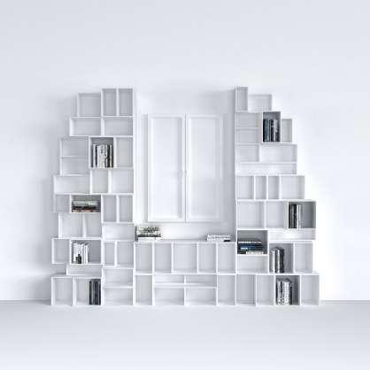 Skulpturale Wohnwand nach Maß
