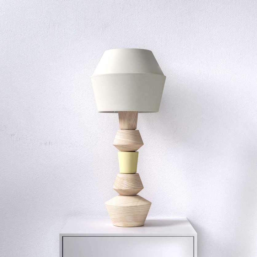 Lampe de table en bois naturel à personnaliser