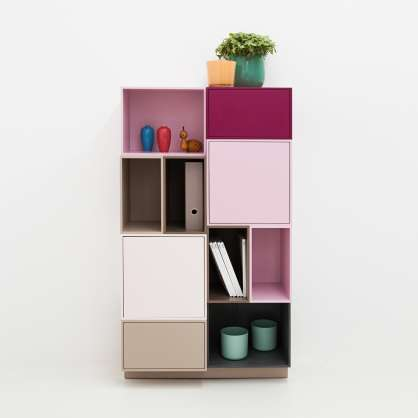 A perfect balance of practical use and aesthetics: book shelving for alcoves