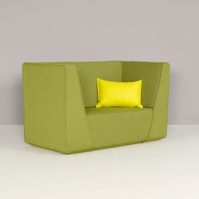 High backrests add a stylish touch to the compact sofa