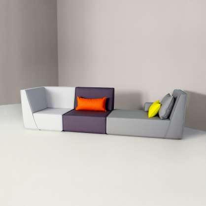 Sofa komponiert aus drei verschiedenen Sitzen
