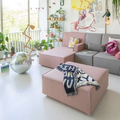 Sofa with chaise longue and ottoman in grey and pink