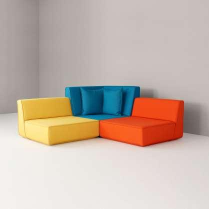 3–Sitzer spielt mit Farbkontrasten