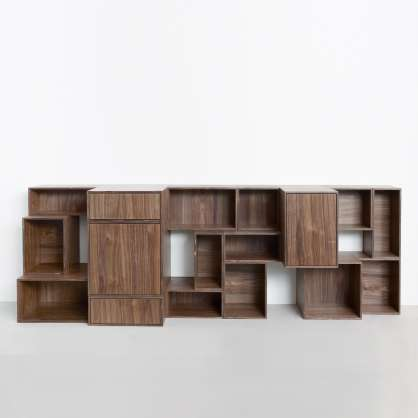 Modulares Sideboard in edler Walnuss