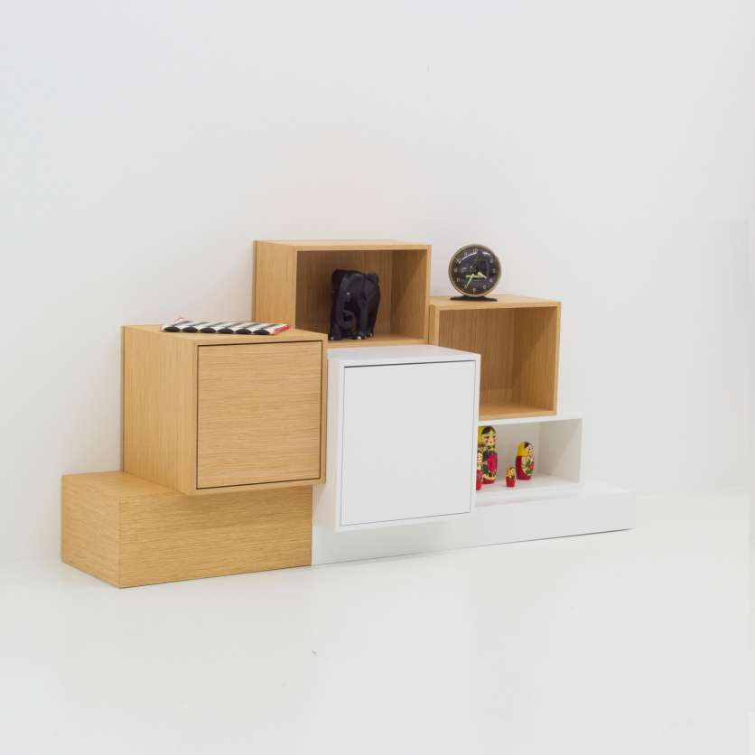 Individual sideboard with plinth in white and pale wood veneer