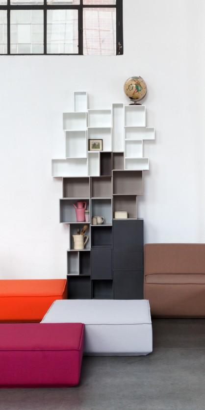Bibliothèque cube toute en hauteur