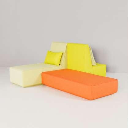 Sofalandschaft: komfortables Sitzen und Liegen