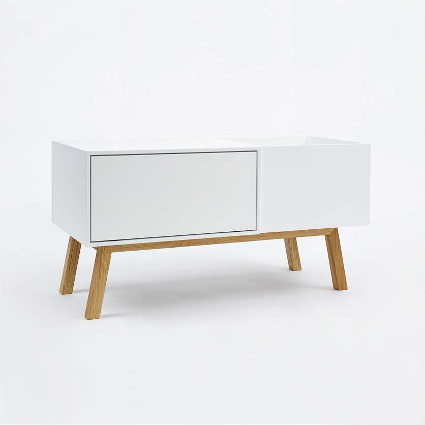 Pure and white: sideboard with hifi module