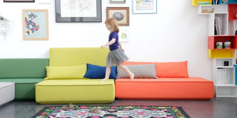 Modulares Sofa in verschiedenen Farben
