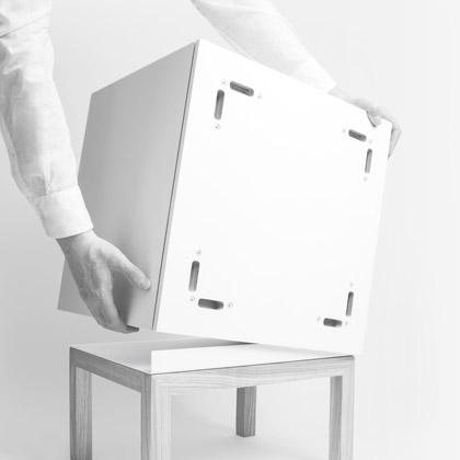 Cubes d'étagère à installer sur un socle
