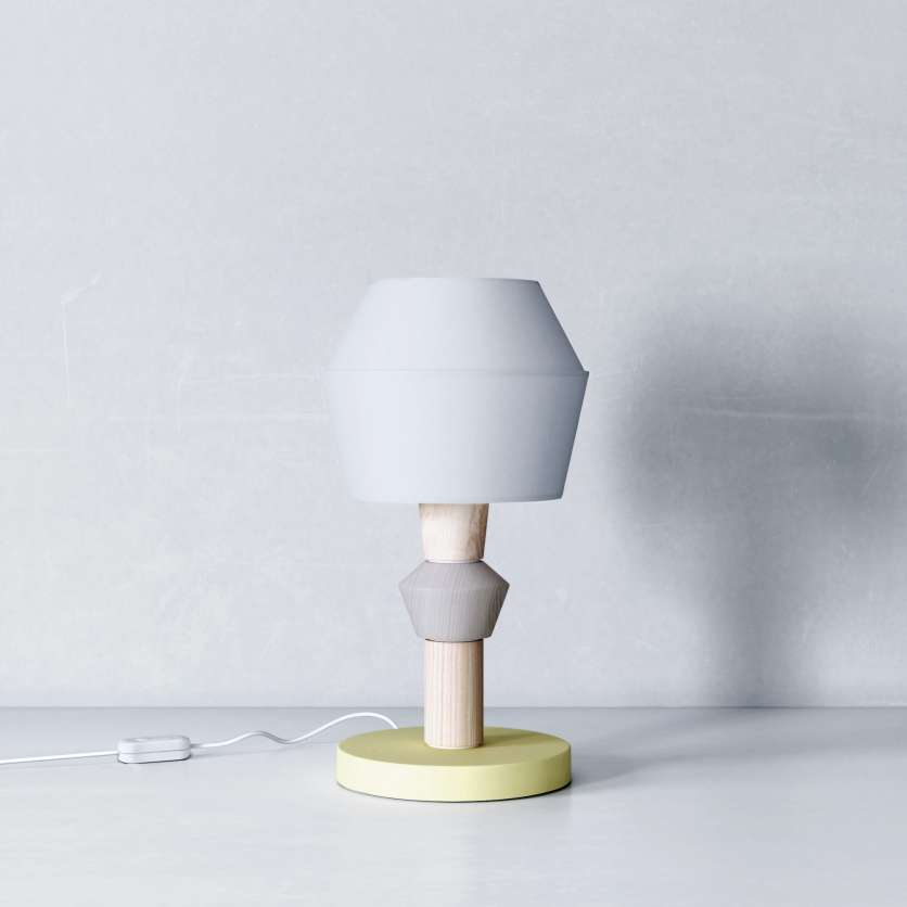 Table lamp in symmetrical design