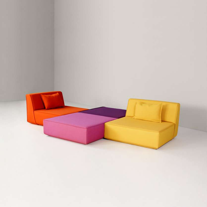 Sofa ensemble: no tools needed for assembly