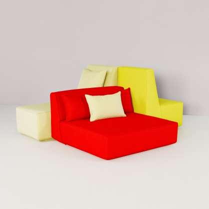 Großflächige Sitzmöbel mit hochwertigen Stoffbezügen